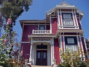 Something Wicked This Way Comes: The Charmed House - The
