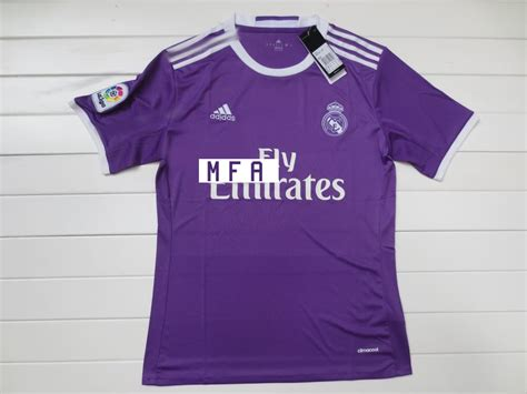 maillot real madrid exterieur les maillots de foot du real madrid 2017 maillots foot actu