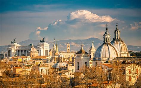10 Reasons Why You Must Visit Rome In 2017