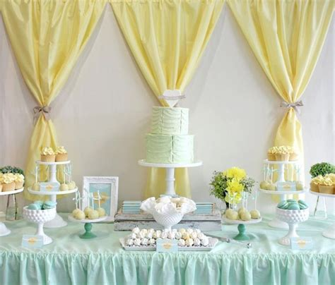 Decorating Ideas Using Plastic Tablecloths by Best 25 Tablecloth Ideas Ideas On Best Cheap