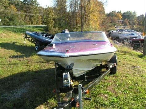 glastron carlson  cv  powerboat  sale