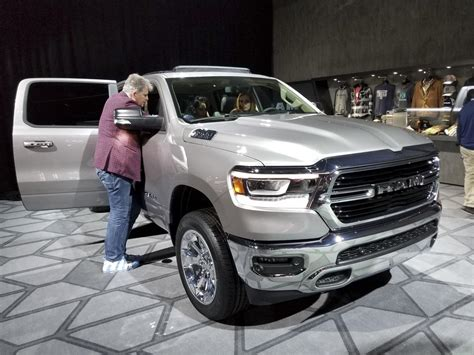 New Trucks 2019 by All New 2019 Ram 1500 Steals The Show At Detroit Pictures