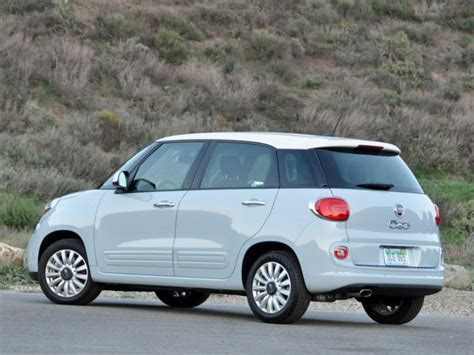 Fiat 500l 2014 Review by Review 2014 Fiat 500l Is An Acquired Taste Ny Daily News