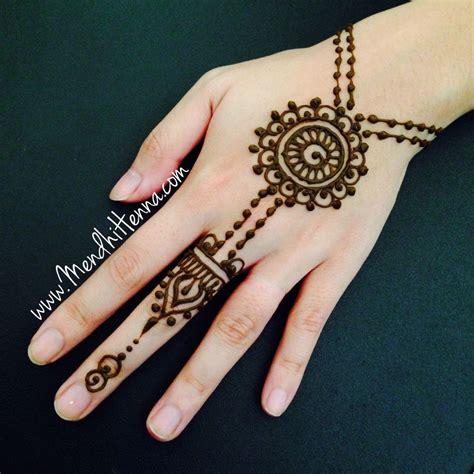modele de henné 201 pingl 233 par eme jaques sur henna henn 233