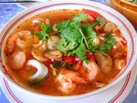 tom yum soup learn thai easy hot spicy tom yum soup