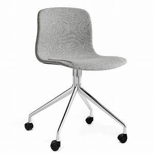 Chaise à Roulettes : chaise roulettes about a chair r f aac15 hay ~ Teatrodelosmanantiales.com Idées de Décoration