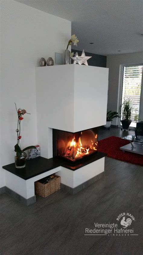 Gemauerter Kamin Mit Sitzbank by Moderner Heizkamin Mit Gemauerter Sitzbank Und Feuertisch
