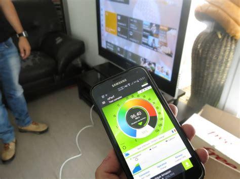 droit a la fibre reportage orange installe une livebox dans un immeuble neuf 233 quip 233 de la fibre optique