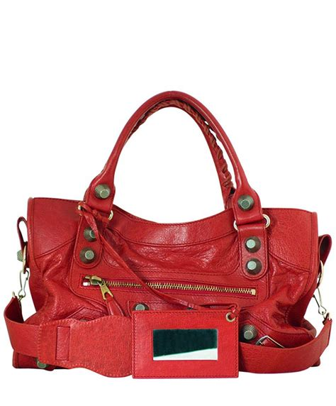 used designer bags authentic pre owned designer handbags at luxe it fwd