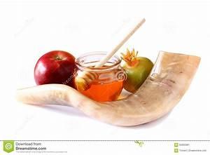 Shofar (horn), Honey, Apple And Pomegranate Isolated On ...