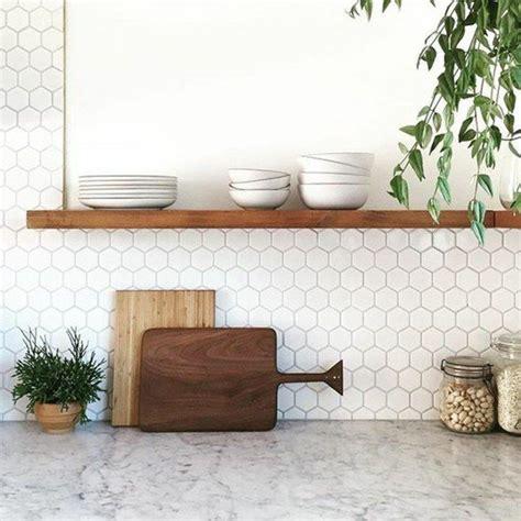 modele carrelage cuisine mural les 25 meilleures idées de la catégorie carrelage mural