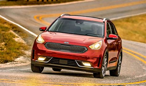 kia niro versions kia niro and hyundai kona to get electric car versions 2018 cars style express co uk