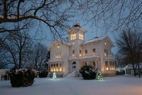 christmas houses in snow galloway house fond du lac winter photos4u2c