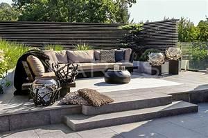 Gestaltung Von Terrassen : wohnliche terrassengestaltung in braunt nen ~ Markanthonyermac.com Haus und Dekorationen