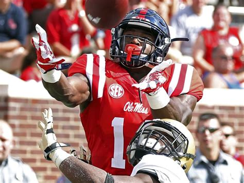 rebel notes dk metcalf breaks foot usa today sports