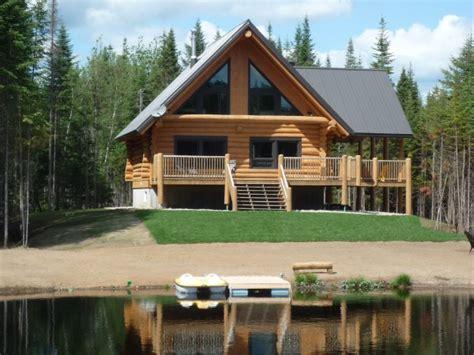 luxueux chalets en rondins bord de lac spa priv 233