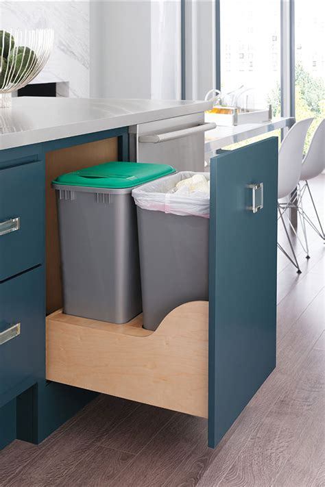 kitchen cabinet recycling center kitchen recycle center decora cabinetry