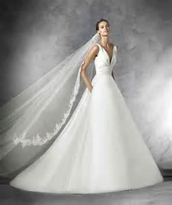 robe de mariã e grenoble robe de mariée pas cher grande taille robe de mariée décolleté v robe de mariée décoration