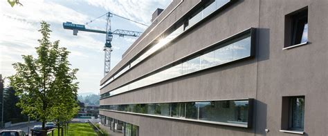 Moderne Häuser Mit Grossen Fenstern by Fenster Fassaden