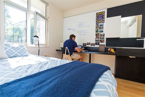 About Room by Student Rooms College