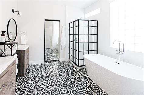 Tile Flooring Ideas Bathroom by Bathroom Flooring Ideas 2019 The Best Options For A Home