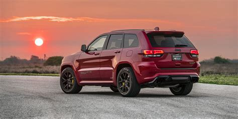 hennessey  hp hellcat jeep trackhawk   time