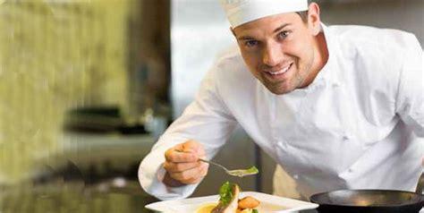 qui cuisine tout seul les métiers de la cuisine des débouchés très alléchants