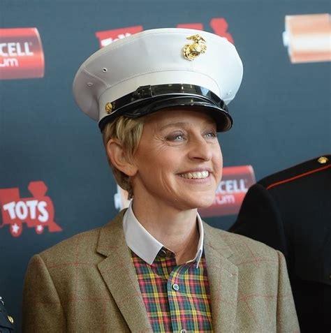 When she looked super-happy wearing this hat. | Ellen ...