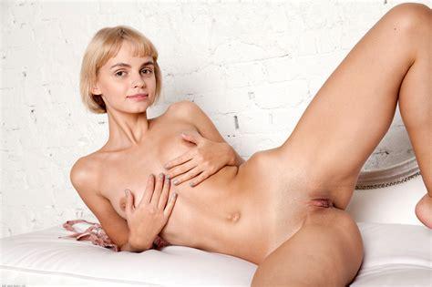 Chan Mir Hebe Garl Pussy11 45