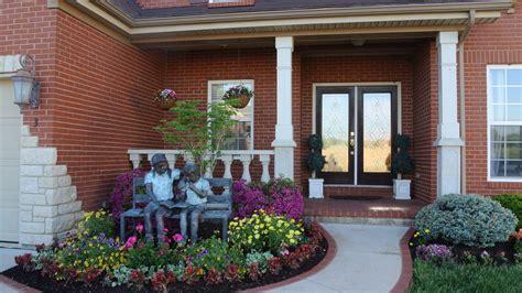 front yard flower bed designs front yard flower bed garden lawn ideas pinterest