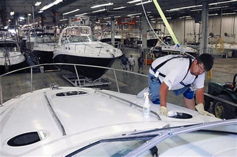 Boat Manufacturers In Indiana by Boat Manufacturer To Workforce 2013 06 17