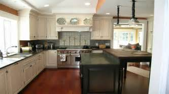 decorating ideas for kitchen counters kitchen countertops designs ideas pictures photos