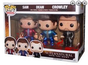 bloody gift basket bloody metallic sam dean crowley exclusives pack