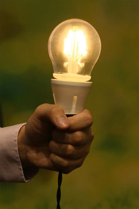 hong kong team develops the most energy efficient led