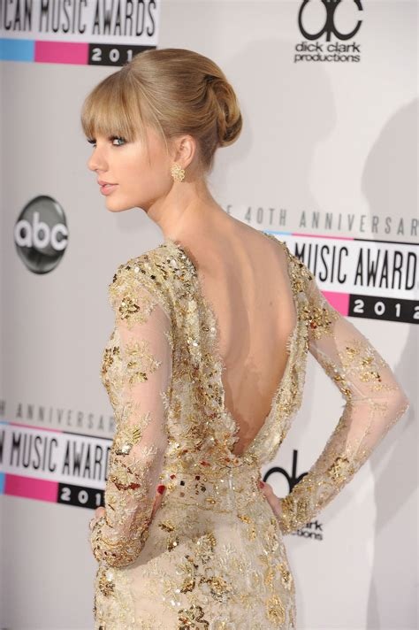 TAYLOR SWIFT at 40th Anniversary American Music Awards in ...