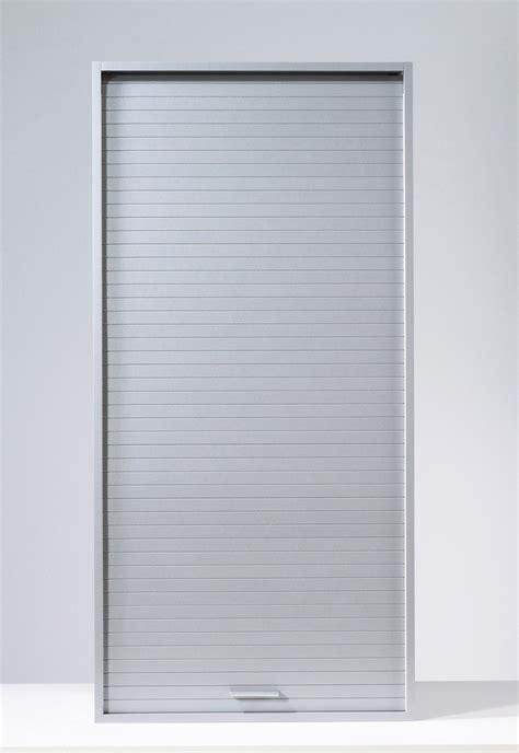 rideau metallique cuisine placard chambre avec rideau