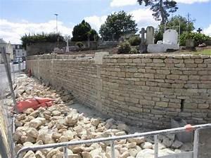 Construction En Pierre : construction traditionnel d 39 un mur en pierre de caen ~ Premium-room.com Idées de Décoration