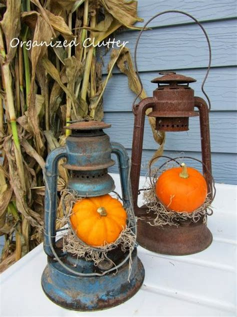 Table Decorating Ideas Candles Apples Autumn Indoor Outdoor Atmosphere 650x325 by 25 Best Ideas About Fall Lanterns On Fall