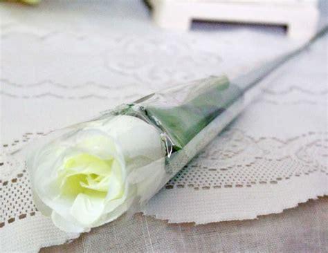 Setangkai Bunga Mawar Hitam Putih Mawar Ku
