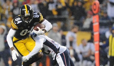 Steelers' Brown restructures deal to help sign Bell ...