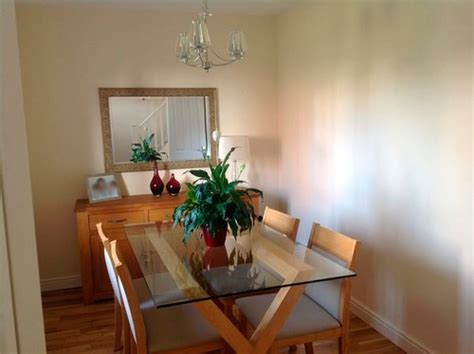 warm paint colors for facing rooms facing dining room what colour