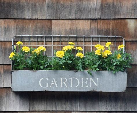 gorgeous window flower boxes  pictures
