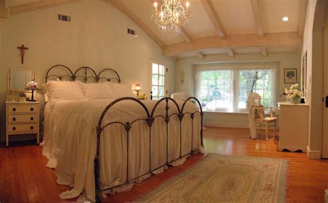 """Beadboard Cottage Master Bedroom Remodel """"Un Shabby Chic"""