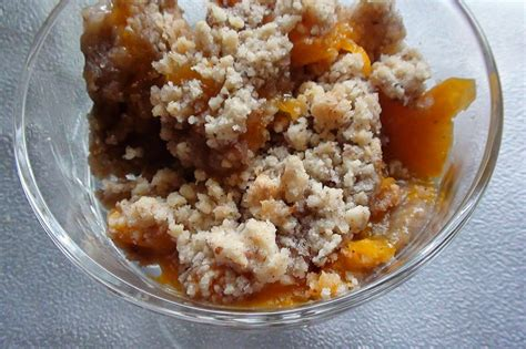 fruit fresh crumb pastry pie zsuzsa kitchen dish cookbook