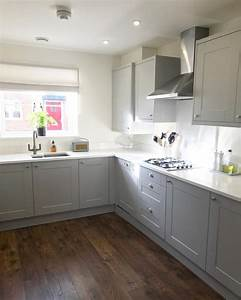 Wren, Kitchens