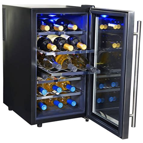 thermoelectric wine cooler newair 18 bottle thermoelectric wine cooler aw 181e wine