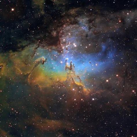 ist das weltall wirklich  bunt universum