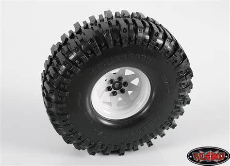 lug wagon  steel stamped beadlock wheels white