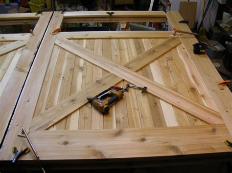 build a garage door tips and for building a superior overhead