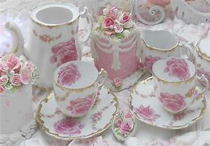 Olivia's Romantic Home: Rose garden tea party